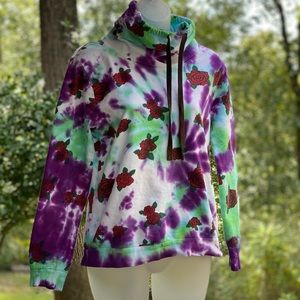 Tye dyed sweatshirt with red roses